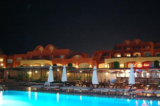 Sharm Grand Plaza: il resort di notte