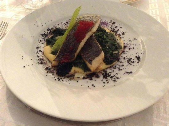 Miti Di Palma: Fisch mit Champagner Sauce auf Spinat-Beet