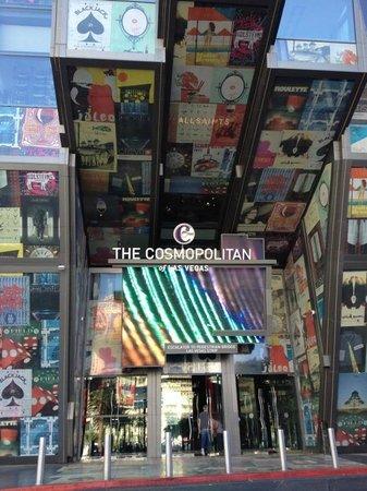 The Cosmopolitan Casino: An entrance off the strip