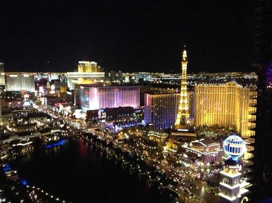 The Cosmopolitan Casino: awesome view at night
