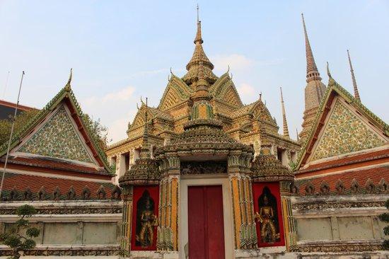 Aurum The River Place: Wat Pho