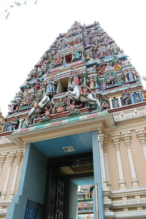 Sri Maha Mariamman Temple : entrata