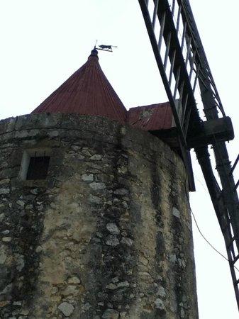 Moulin de Daudet: MOULIN D'ALPHONSE DAUDET