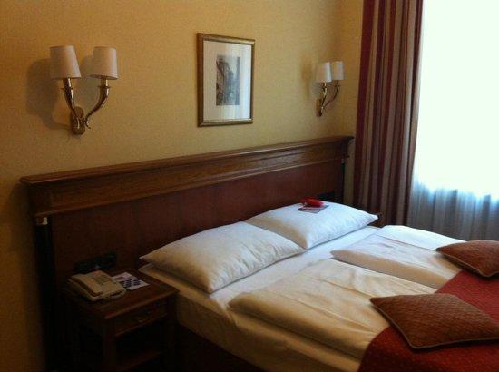 Austria Trend Hotel Astoria Wien: Chambre standard