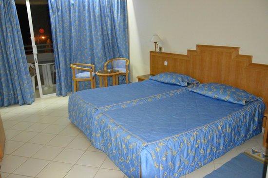 El Mouradi El Menzah : room