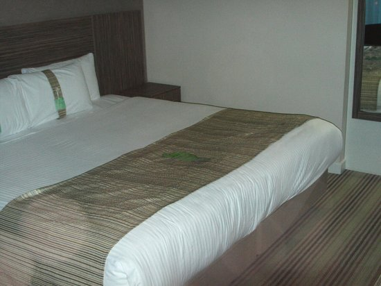 Holiday Inn Southend: Comfortable bed