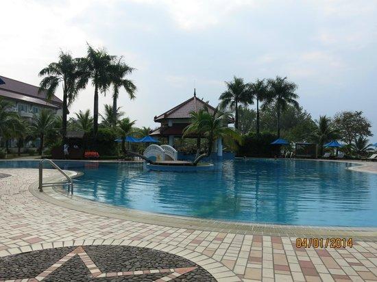 Sokha Beach Resort : Pool site
