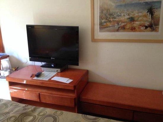 Montefiore Hotel: Room View 4
