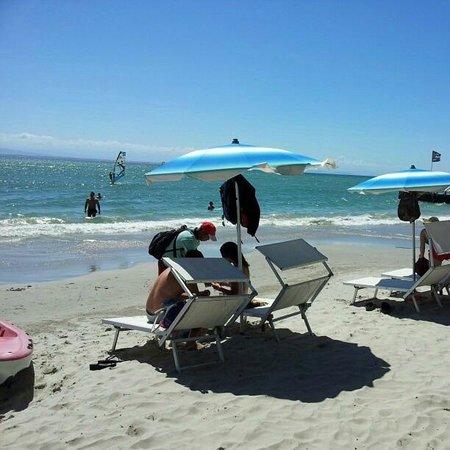 Hotel Surf Paradise : Praia