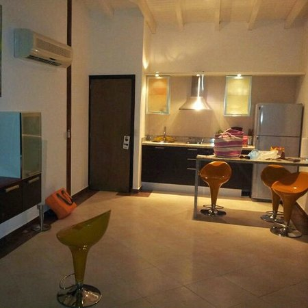 Hotel Surf Paradise: Cozinha