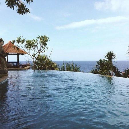 Blue Moon Villas : One of the top pools