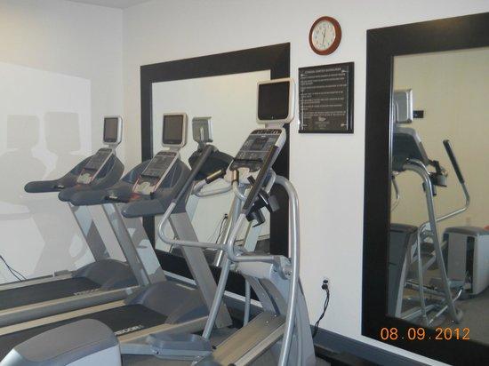 Homewood Suites Covington : Fitness Center