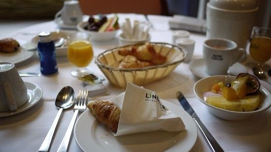 Thermalhotels & Walliser Alpentherme Leukerbad: top breakfast