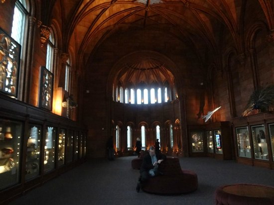 Smithsonian Institution Buidling: Wing view