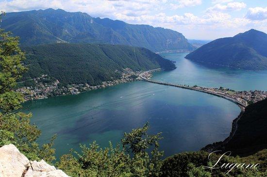 Lake Lugano: Вид с горы Сальвадоре
