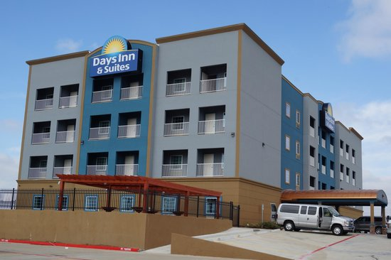 Days Inn & Suites by Wyndham Galveston West/Seawall Hotel