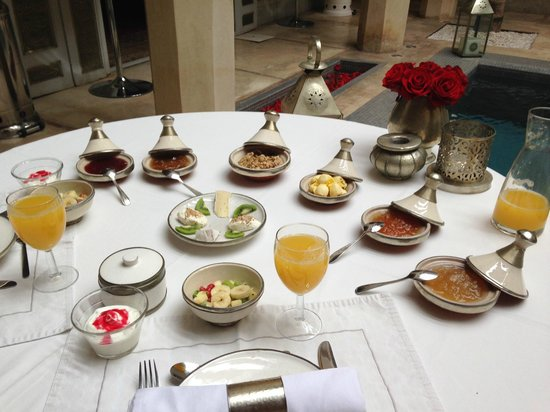 AnaYela: piccola colazione