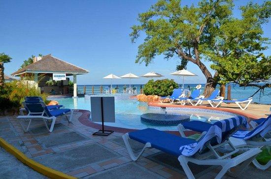 Jewel Paradise Cove Resort & Spa Runaway Bay, Curio Collection by Hilton: Aquamarine Grill