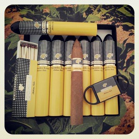 Decent Cigar Emporium: Cohiba