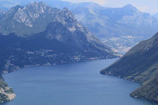 Monte San Salvatore: вид на горы