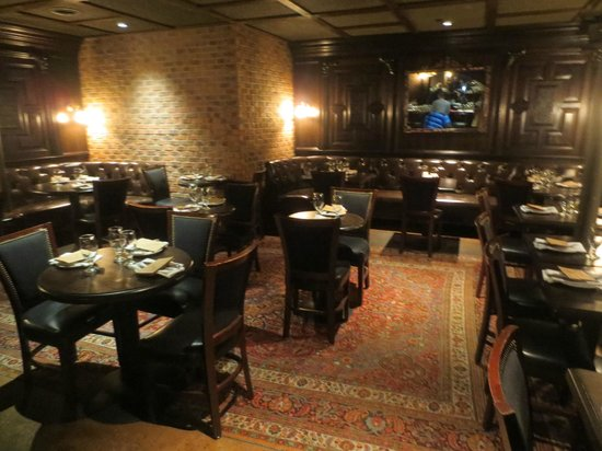 Foundry On Elm: Private dining area in Saloon