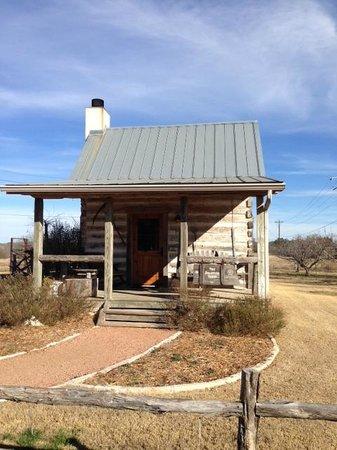 Chuckwagon Inn Bed & Breakfast : Bollinger Cabin