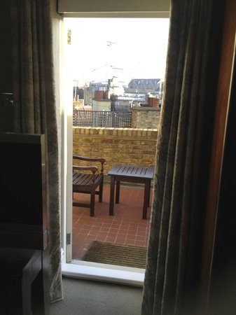 Covent Garden Hotel: View onto Terrace