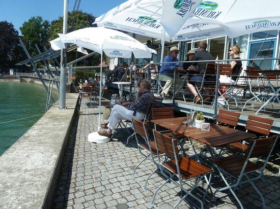 Mole 3 Café-Restaurant: Terrasse