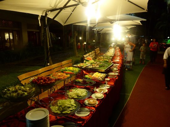Krabi Thai Village Resort: dining