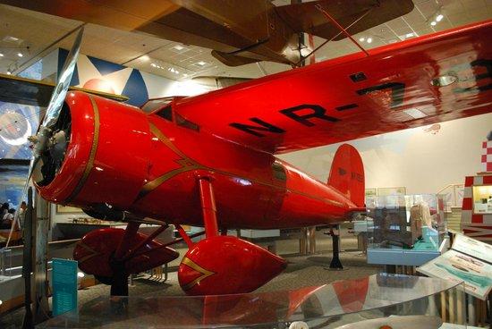Museo Nacional del Aire y el Espacio: Lockheed Vega - Amelia Earthart