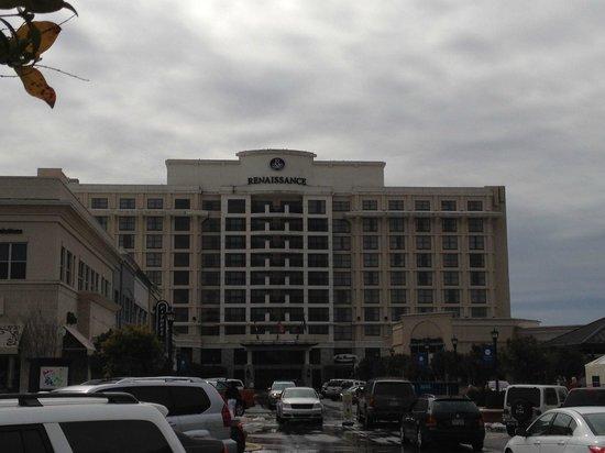 Renaissance Raleigh North Hills Hotel: hotel