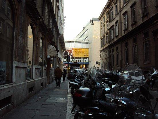 Hotel Rimini: Distância da porta até o Termini