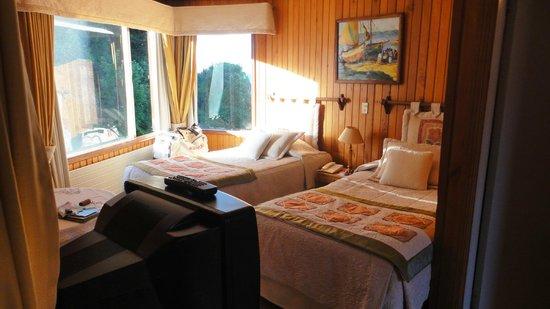Hotel y Cabanas Los Alerces: Habitación para 4