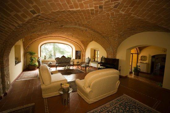 Carpeneto, Italija: salotto con pianoforte