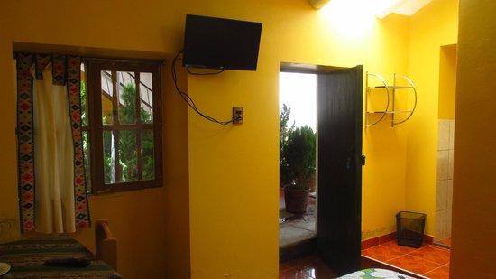 Hospedaje Familiar Kitamayu : vista de habitación matrimonial