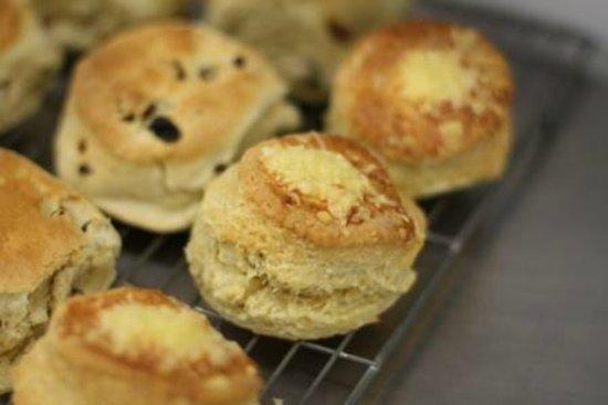 Low Sizergh Barn Tea Room: Scones, freshly baked