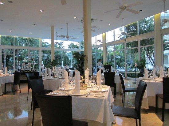 Luxury Bahia Principe Sian Ka'an Don Pablo Collection: Salle à manger du Gourmet International