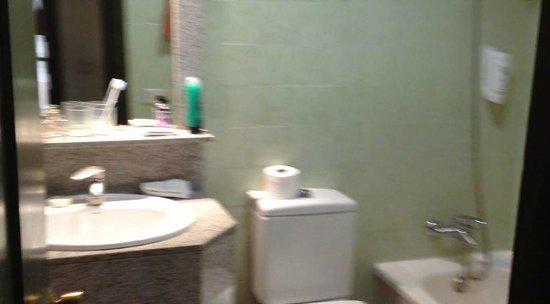 Hotel THe Anamar Suites: Bathroom