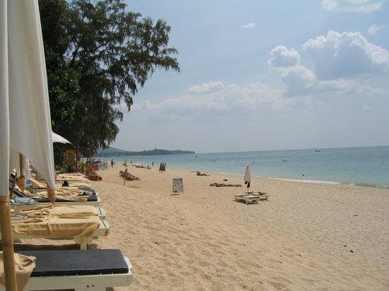 Lanta Sand Resort and Spa : Det er stranden ved hotellet