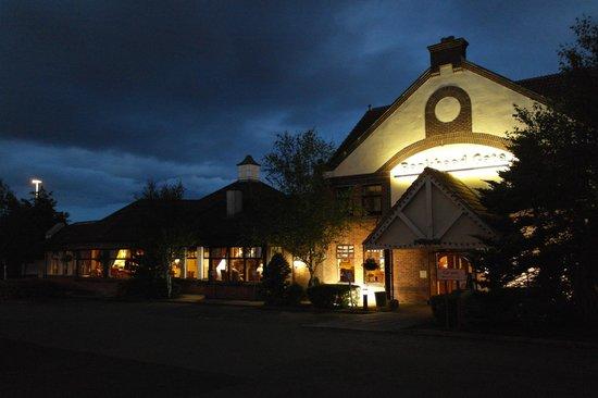 Premier Inn Glenrothes Hotel: Вид отеля