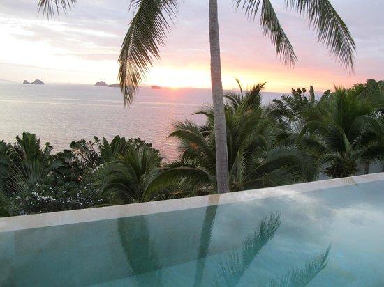 Villa Beige: amazing sunsets