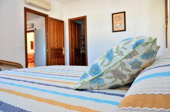 Apartamentos O2 Conil: Habitación doble con aire acondicionado
