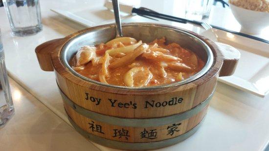 Lemongrass Chicken Bild Fr 229 N Joy Yee S Noodle Kitchen