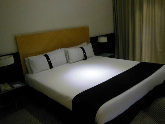 Hotel Alameda Plaza : Letto della camera executive