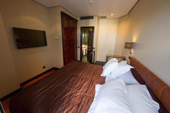 Hotel Villa Real: Спальня