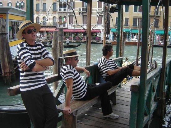 Caffe Venecia Ltd: Gondoliers chilling out