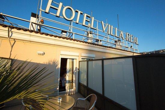 Hotel Villa Real : Терраса