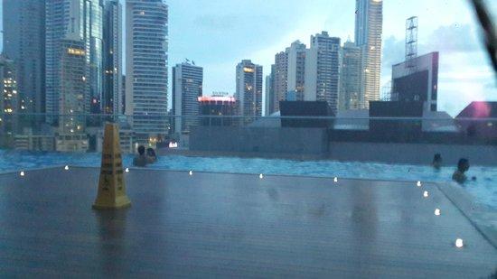 Hard Rock Hotel Panama Megapolis: piscina y spa del hotel