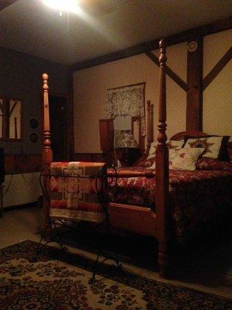 Osceola Mill Restaurant & Inn : The Paddock