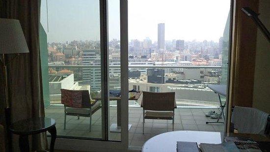 Four Seasons Hotel Beirut : Отель и местность